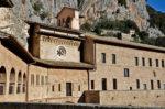 Il cammino di San Benedetto. Da Norcia a Subiaco, fino a Montecassino. Nascita di un percorso, sviluppo e prospettive per il territorio