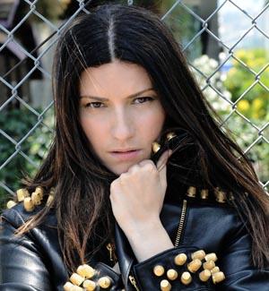 Laura Pausini torna ad esibirsi a Napoli