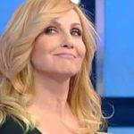 Carlotta Proietti ospite di Lorella Cuccarini a Domenica In, Cosi' e' la vita Arrivederci!