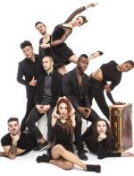 La Crew degli  Mnai's  in Around, il primo spettacolo teatrale raccontato dall'hip Hop in scena al Teatro Brancaccio di Roma