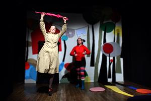 Palcoscenici di sabbia, appuntamento con la rassegna promossa dal Teatro Bertolt Brecht di Formia con Cappuccetto Red