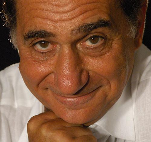 """Pino Ammendola interpreta le filastrocche di """"Diritti a Pinocchio"""" di Tudino per """"Le Arti si sFogliano"""" a Roma alla Biblioteca Tarducci"""