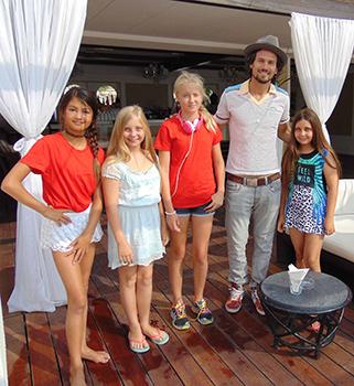 """Ultimo ciak per """"Teen Star Academy"""" con John Savage, Blanca Blanco e Bret Roberts. Terminate le riprese del family musical film con un cast di 55 teenagers"""
