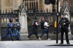 Parlamento di Londra sotto attacco