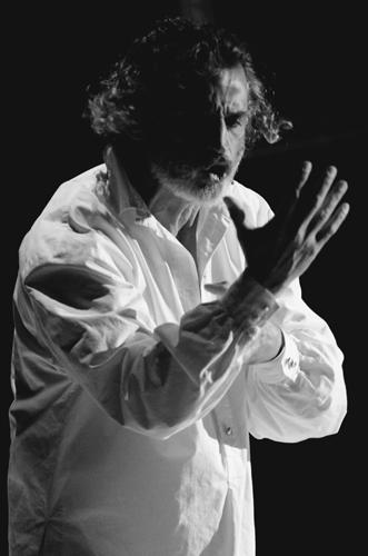 Uno Nessuno Centomila, lo spettacolo con Enrico Lo Verso al Sala Umberto di Roma