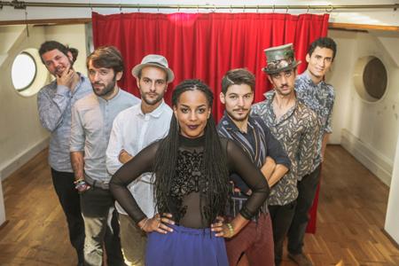 Rumba de Bodas in concerto nella seconda giornata del Finger Food Festival