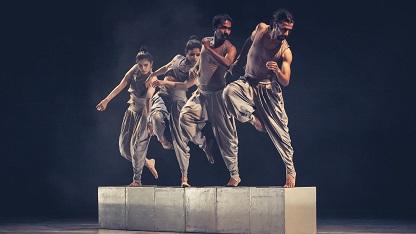 Bhinna Vinyasa lo spettacolo di danza al Teatro Argentina
