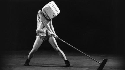 Danze nel Presente: un documentario sull'arte di Roberto Castello