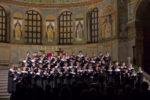 Le voci bianche dei Cantores Minores sotto il cielo dorato di Sant'Apollinare in Classe