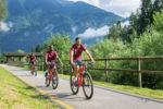 I giocatori della Roma in mountain bike