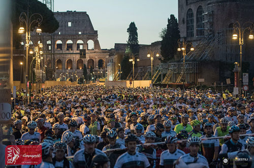 Granfondo Campagnolo Roma: ultimi giorni per iscriversi alla famosa competizione di ciclismo di massa