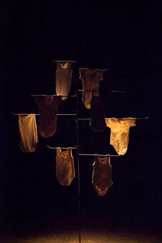 Dove tutto è stato preso, lo spettacolo di e con Tamara Bartolini-Michele Baronio al Teatro Brancaccino di Roma
