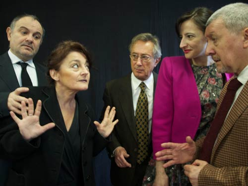Così è (se vi pare) di Luigi Pirandello regia Annig Raimondi al Pacta Salone
