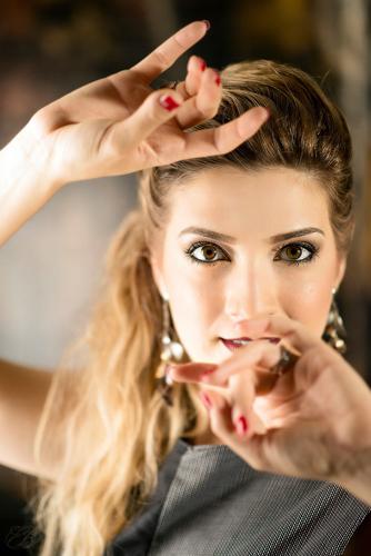 Eleonora Mazzotti sarà opening act di Giovanni Caccamo in occasione del suo concerto al Teatro Socjale di Piangipane
