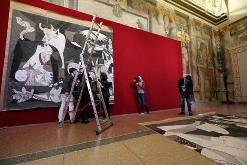 Il cartone di Guernica approda a Roma