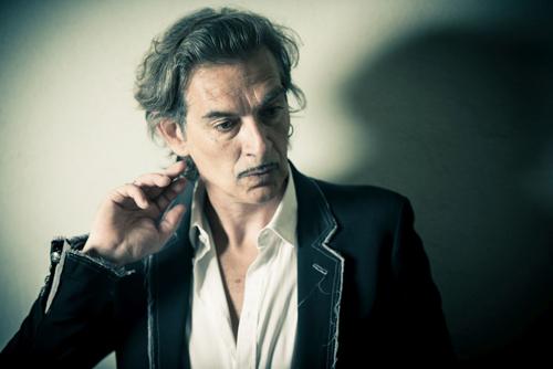 Luca Gemma vince il Premio Giorgio Lo Cascio 2017, riconoscimento dedicato alla canzone d'autore