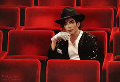 Sergio Cortés al Teatro Degli Arcimboldi in Michael Jackson Live Tribute Show