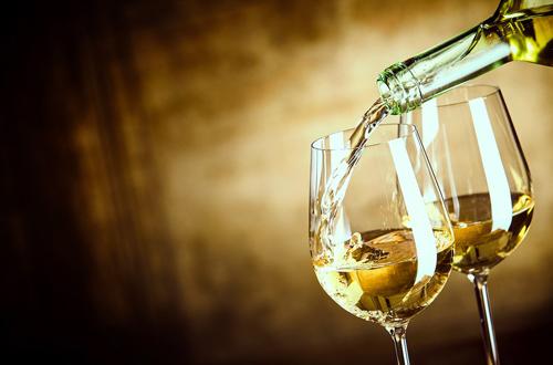 WeGIL, il 21 dicembre arriva Sinestetica: tra Vino, Arte e Musica con Antonio Paolini