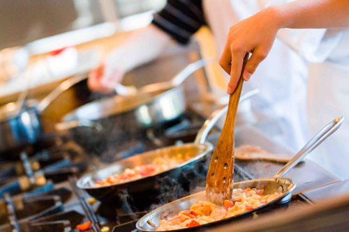 Cooking Show: la cucina Anti-Spreco. Cosa fare degli avanzi di Natale? A WEGIL l'evento con lo chef Fabio Toso