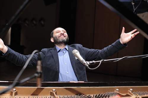 """Da Manhattan a Cefalù"". Santi Scarcella in concerto all'Auditorium"