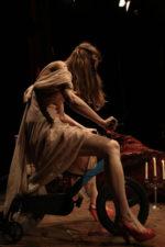 L'Amore Per Le Cose Assenti di Luciano Melchionna all'OFFOFF Theare di Roma