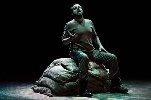 Milite Ignoto di Mario Perrotta, lo spettacolo in scena al Teatro Palladium di Roma