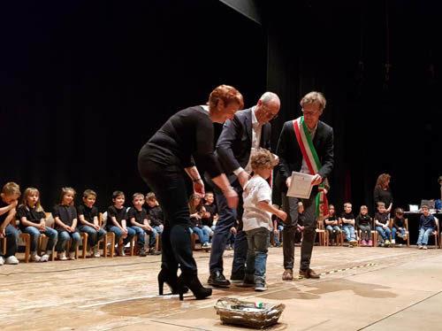 """A Fiera di Primiero la festa per i bambini """"Alfieri della Repubblica"""""""