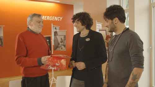 Smemoranda e Zelig Tv presentano Ermal Meta, Fabrizio Moro, Gino Strada in Musica per Emergency