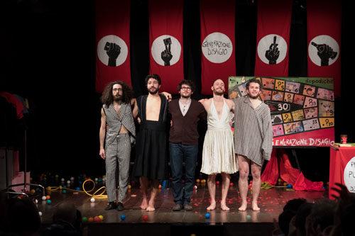 Lo spettacolo Dopodichè stasera mi butto approda al Gay Village di Roma