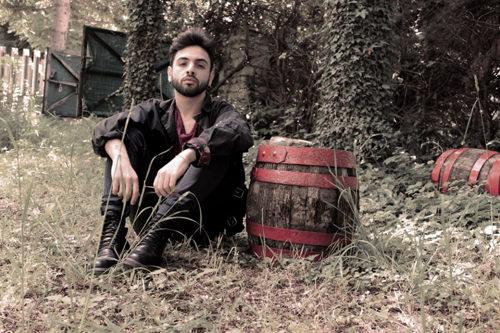 """Patrizio Santo dopo essere stato selezionato da Mina esce in tutte le radio con il suo nuovo singolo """"Cercami adesso"""""""