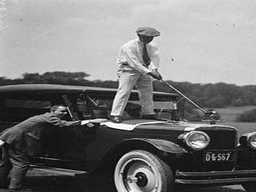 Sfida tra golfisti e auto d'epoca con la prima Bmw Golf & Classic Car