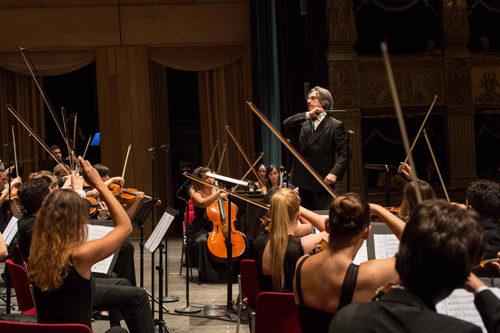 Riccardo Muti rende omaggio al virtuoso del violino Ruggiero Ricci