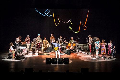 Gilberto Gil a Monforte d'Alba per l'ultima tappa del tour italiano dedicato all'album Refavela