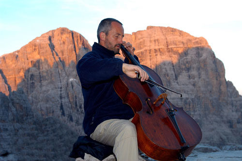 Suoni delle Dolomiti: la musica, la guerra, la pace, un unico racconto corale e orchestrale