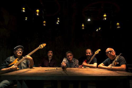 Nécessaire de Voyage, il primo lavoro discografico del quintetto Kulu Sé Mama