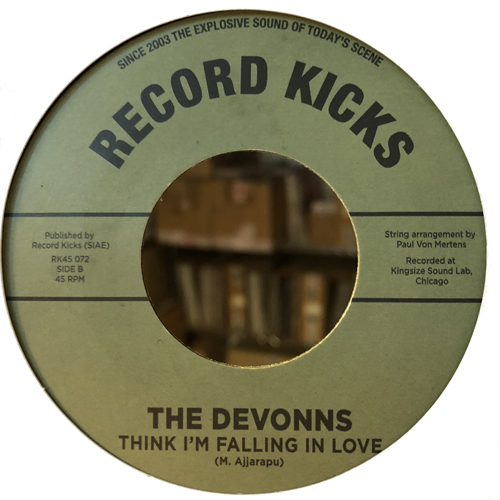Think I'm Falling In Love, il nuovo singolo dei The Devonns