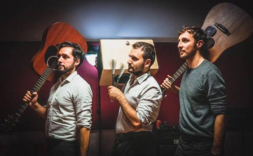 Gli Strilloni, giornalisti-musicisti live @Finger Food Festival di Bologna