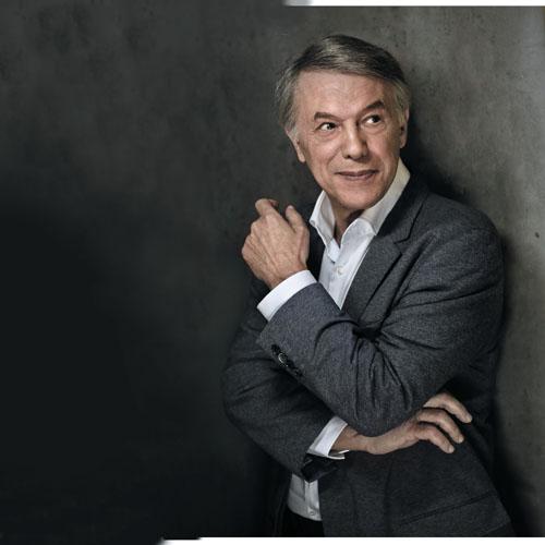 Adamo il 20 ottobre ritirerà il Premio Tenco 2018 al Teatro Ariston di Sanremo