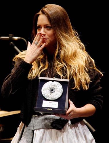 Daniela Pes vince il 'Premio dei premi', la Champions League dei nuovi cantautori