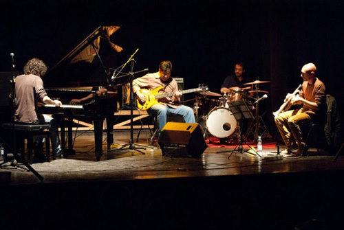 Jazz, toast, una birra e Burp! Concerto performance con i Musica ex Machina e Aleksander Velišček