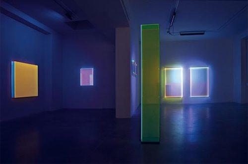 """""""Colormirror"""" di Regine Schumann alla galleria Dep Art di Milano"""