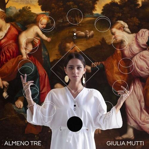 """Giulia Mutti in gara a Sanremo Giovani con """"Almeno Tre"""""""