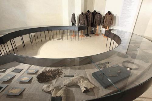 storie senza Storia. Tracce di uomini in guerra (1914-1918), la mostra allestita nella Cappella Vantini di Palazzo Thun a Trento