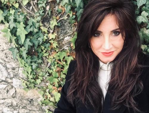 The other side of the bed (feat. Alessandra Regosini), il singolo di Elena Bazzoli per raccogliere fondi e sostenere la ricerca sui tumori cerebrali