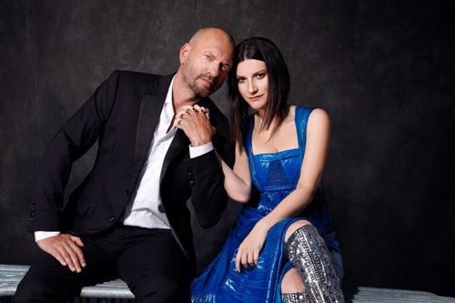 Laura Pausini e Biagio Antonacci, in tour negli stadi il prossimo anno, già 150.000 biglietti venduti. San Siro raddoppia lo show
