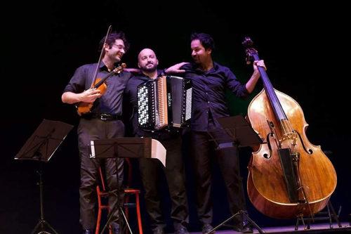 """Natale con Jazzflirt al Teatro """"R.Paone"""" di Formia"""