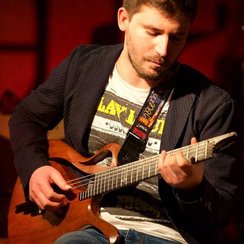 Renato Caruso in concerto al Latin Note di Milano