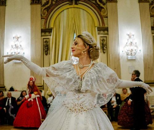 La Compagnia Nazionale di Danza Storica ha celebrato Pëtr Il'ič Čajkovskij con grande successo al Gran Ballo Russo a Palazzo Brancaccio