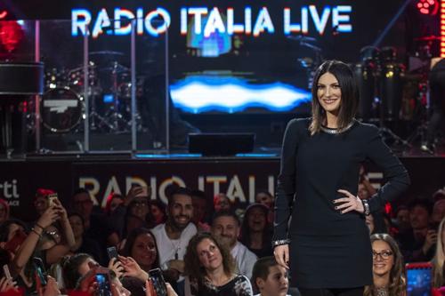 Laura Pausini protagonista di una puntata speciale di Radio Italia Live dal Verti Music Place