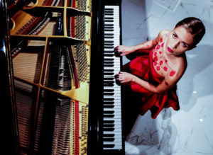 Eleonora Betti torna live a Na Cosetta di Roma in compagnia delle canzoni del suo disco, Il divieto di sbagliare
